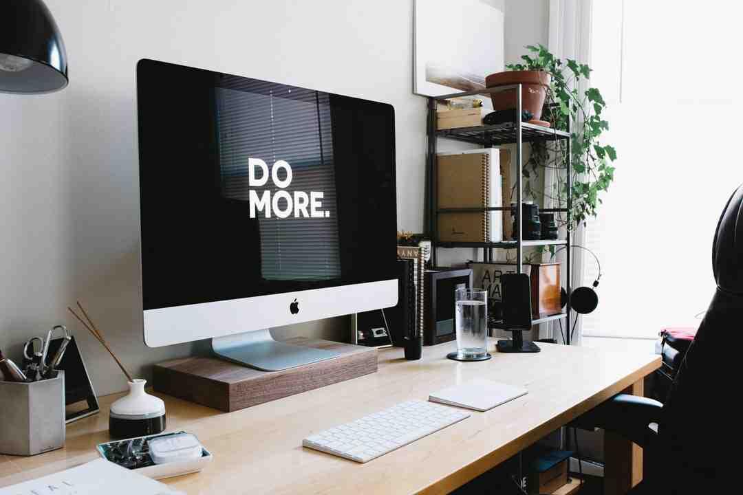 Quelle est l'exigence basique pour la création d'une boutique en ligne ?